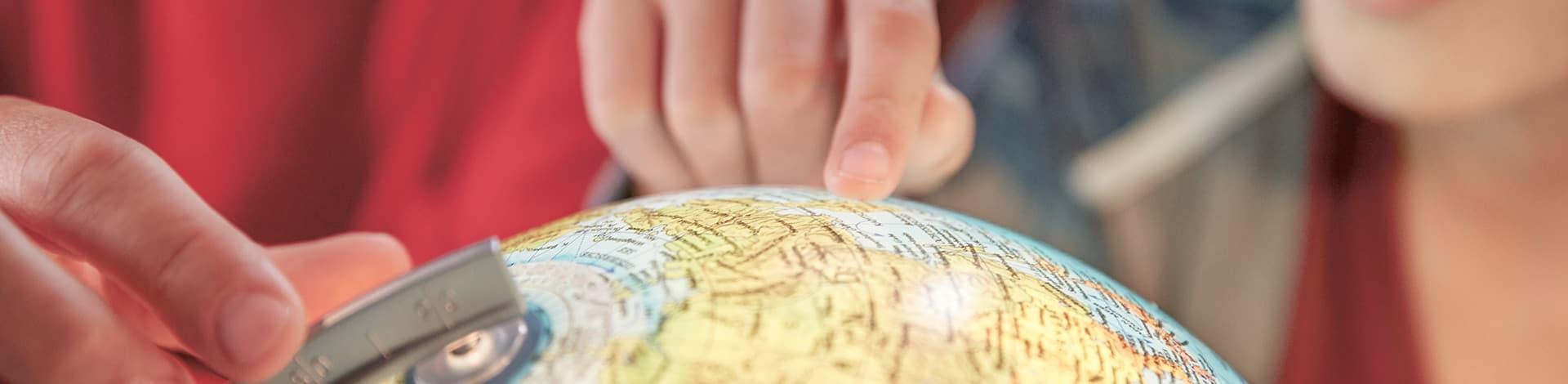 Parta senza pensieri per il suo viaggio intorno al mondo