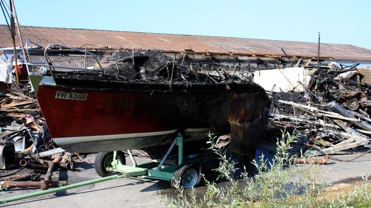 Feux dans le chantier naval Périsset à Estavayer-le-Lac